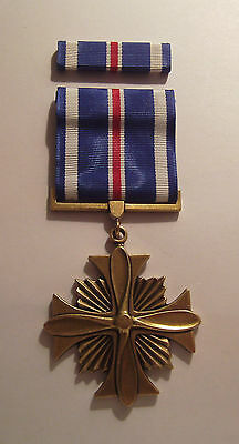 U.S. Distinguished Flying Cross Military Medal with RIBBON