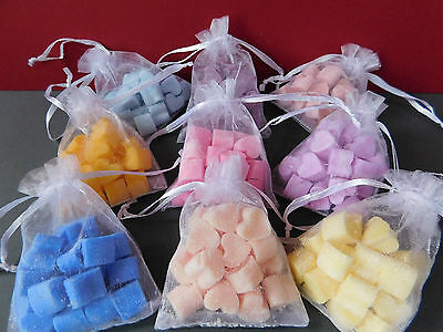 80 Mini Heart Wax Melts 4 Packs Of Mixed Colours & Scents In Organza Bags