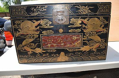 Chinese antique 19th Century wood chest