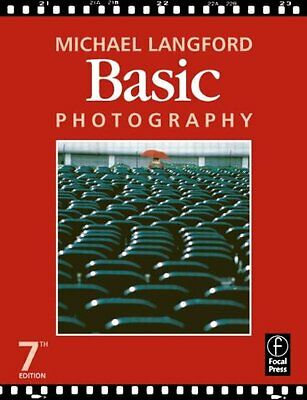 Basic Photography By Michael Langford. 9780240515922