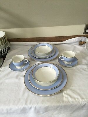 Royal Doulton 2004 White And Powder Blue 10 Piece Dinner Service For 2