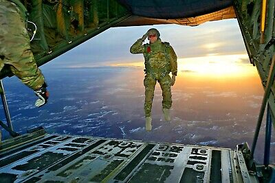 NEW Photo 1st Battalion 10th Special Forces Soldier Salutes while Jumping C-130