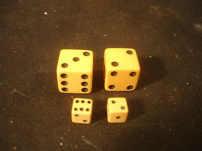 Antique Old Vtg Collectible Bakelite? Pair of Playing Game Casino Dice Toy