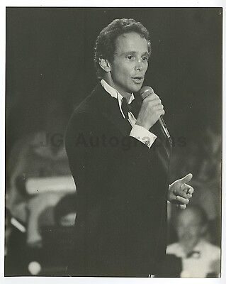 Joel Grey - Vintage 8x10 by Peter Warrack - Previously Unpublished