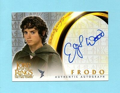 2002 Topps Lord of the Rings Two Towers Frodo Elijah Wood Autograph Auto