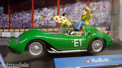 Michel Vaillant cartoon 1/43 scale diorama Valliante Sport E1 model car + Figure