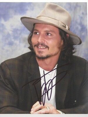 "JOHNNY DEPP Hand Signed 8""x10"" Photo"