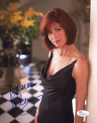 (SSG) DANA DELANY Signed 8X10 Color Photo with a JSA (James Spence) COA