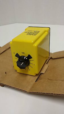 CDB-38-70002 Potter & Brumfield   CD Series - 0.1 - 5.0 sec Time Delay Relay