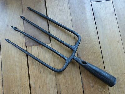 Extremely Rare 18th Century European Forged Iron Fishing 4 Spikes Trident Spear!