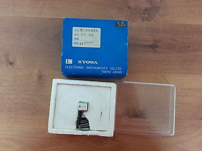 Kyowa AS-10B Small-sized Acceleration Transducer