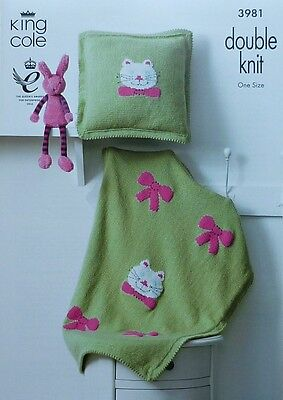 KNITTING PATTERN Baby Kitty Cat Blanket and Cushion DK King Cole 3981