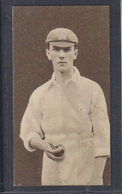 Hill - Famous Cricketers 1923 - # 27 J Hearne - Middlesex
