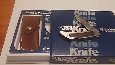 Vintage Smith and Wesson Sportsman's Knife Maverick 6061 New in Box Mint