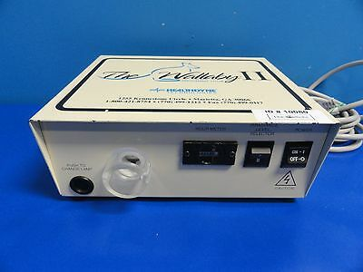 Fiberoptic Medical MD-2000 HealthDyne The Wallaby II Photo-therapy System 10080