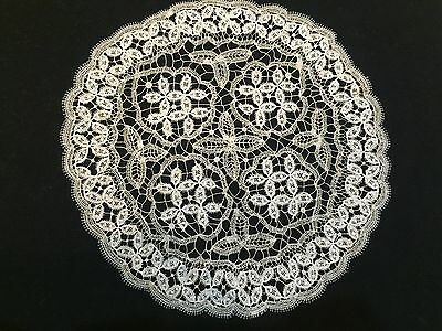 "Vintage ROUND DOILY 9"" CROCHETED BOBBING LACE TOMBOLO"