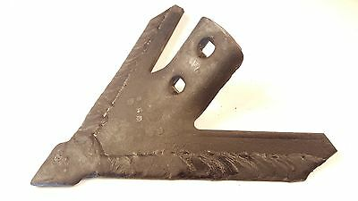 "Cultivator Point, 9"" Row Crop Cultivator Sweep 47 degree 1-3/4 hole cntr 924-9H"