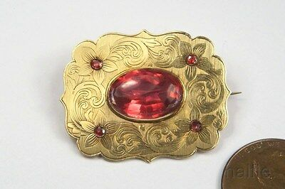 Antique Mid Victorian English 15 Carat Gold Ruby Paste Brooch