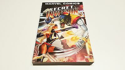 Secret Invasion Volume 1 (Marvel Monster Edition) EO / Collectif // Panini