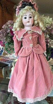 """Ernest Heubach 22"""" Antique Doll In Beautiful Outfi"""