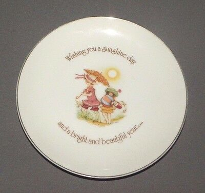 Holly Hobbie Lasting Memories A Sunshine Day Collectors Plate Porcelain