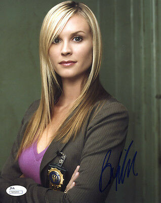 "(SSG) BONNIE SOMERVILLE Signed 8X10 ""NYPD Blue"" Photo - JSA (James Spence) COA"
