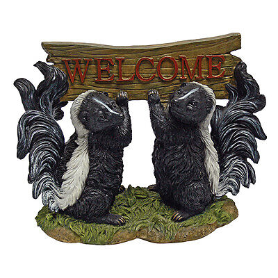 Stinky Pungent Pets Cute Skunk Pair Holding Welcome Sign Home Garden Sculpture