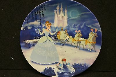 """Knowles """"Cinderella"""" Limited Ed, First Plate Disney Treasured Moments Collection"""