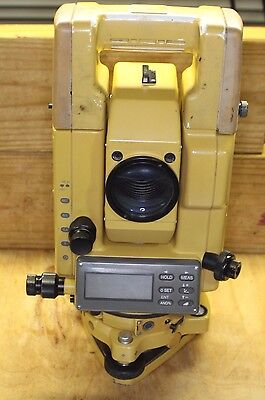 TOPCON GTS-302D ELECTRONIC TOTAL STATION w BATTERY & CASE
