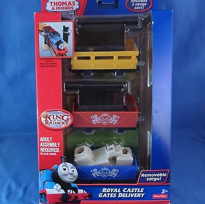 Thomas & Friends TrackMaster Royal Castle Gates Delivery - BND99 - New