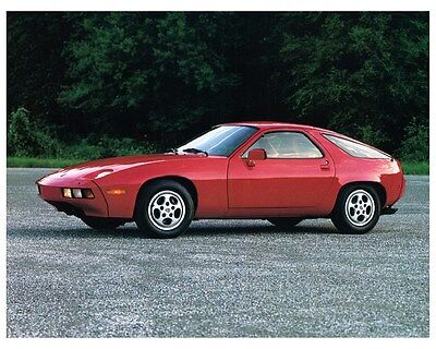 1982 Porsche 928 Factory Photo ca4883
