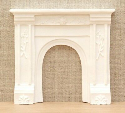 1:12 Dolls House Victorian fire surround - white