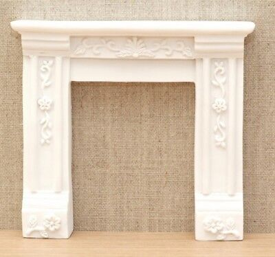 1:12 Dolls House Georgian fire surround – white