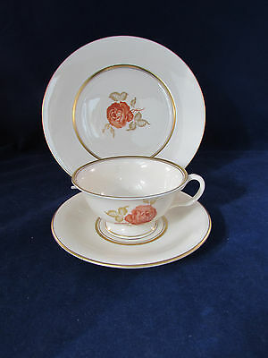 SET OF 18 PIECES - Castleton JUNE Fine China