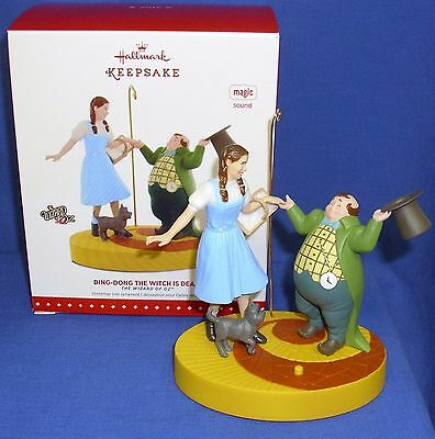 Hallmark Ornament Wizard of Oz Ding Dong the Witch is Dead 2015 Mayor Dorothy
