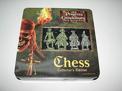Disney Pirates of the Caribbean Dead Man's Chest Chess Set Game Complete 2006
