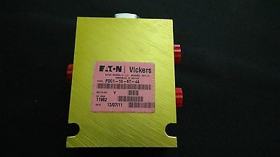 Eaton Vickers FDC1-10-6T-44 Hydraulic Valve | Flow Divider - Combiner | 3 Port