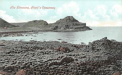 Northern Ireland Postcard Giants Causeway The Steucans  F0 050