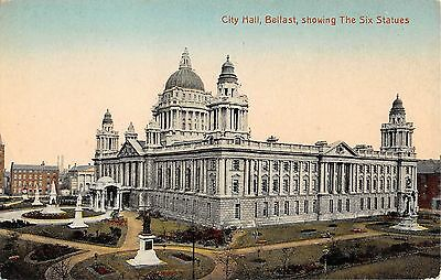 Northern Ireland Postcard Belfast City HAll ShowinG Six Statues  G0 015