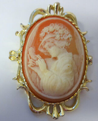 Vntg Signed Gerry's Victorian Lady Genuine Incolay Stone Carved Cameo Pin Brooch