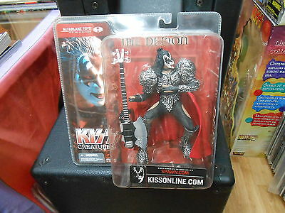 KISS -  McFarlane Toys CREATURES figurines ** GENE SIMMONS **  KISS Catalog 2002