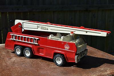 """Vintage Beautiful Red Tonka Steel Fire Ladder Truck with 37"""" inch Ladder"""