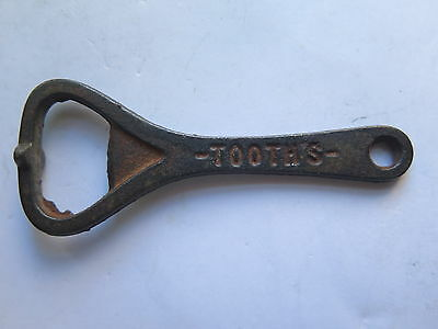 CROWN SEAL BOTTLE OPENER TOOTHS SYDNEY K. B. LAGER BEER CAST IRON c1920s