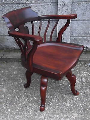 Fine Antique Office Swivel Captains Chair Very Cleancondition Delivery Available
