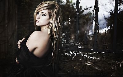 Avril Lavigne Music Star ALM02 A3 POSTER PRINT BUY 2 GET 3RD FREE
