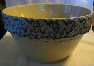 Robinson Ransbottom Spongewear Large Pottery Mixing Bowl Tan with Blue #305-12