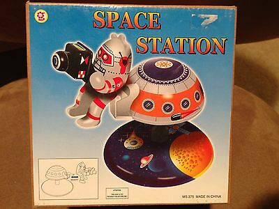Schylling MS375 UFO Space Station Toy Playset NRFB RARE