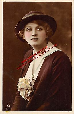 People Postcard Gladys Cooper A3 054