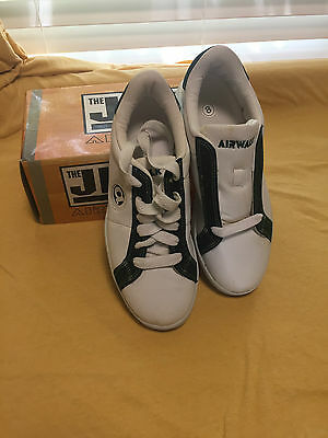 Nos Vintage Airwalk The Jim Shoe White/grn Canvas 8 Cricket Skateboard Bmx Shoes
