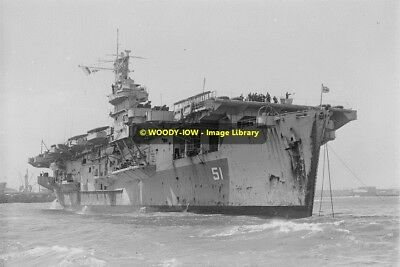 rp09503 - Royal Navy Aircraft Carrier - HMS Atheling - photo 6x4